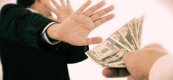 Завещательный отказ (легат) – что это такое и как реализуется?