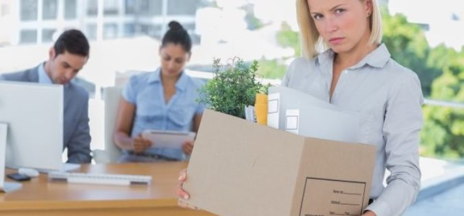 Как законно уволить сотрудника по инициативе работодателя? Процедура расторжения трудового договора