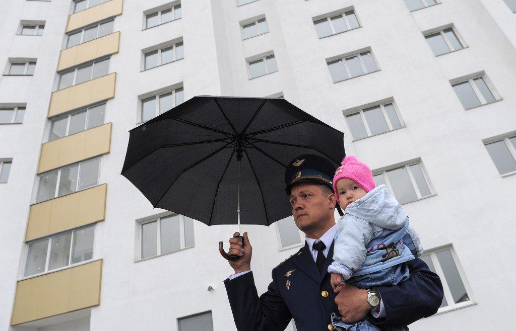 Военный с ребенком