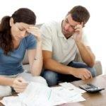 Делятся ли долги супругов при разводе и как это происходит?