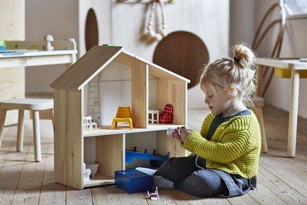 Ребенок в доме